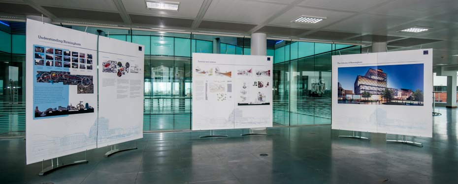 banner-stands-for-temporary-exhibition-graphics
