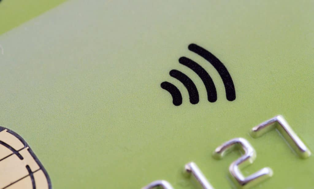 Choosing The Right Contactless Card Machine For Your Business ...